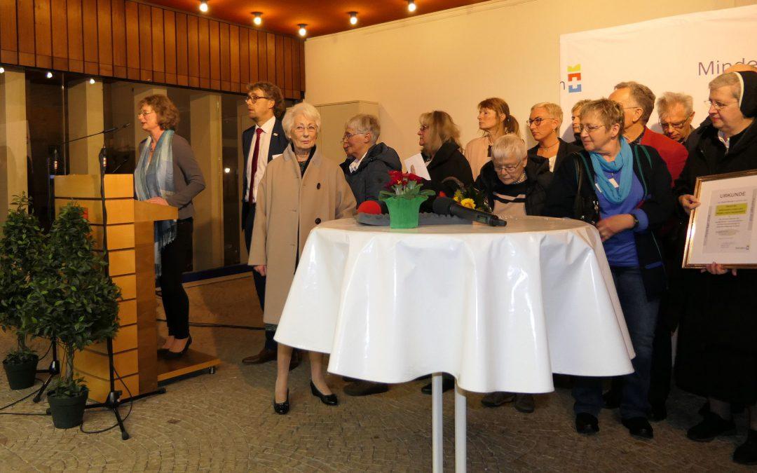 Ökumenisches Seelsorgeteam erhält mit Grünen Damen Ehrenamtspreis 2019 der Stadt Minden